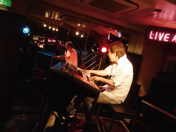 2014.9.28 LIVE AT MIKIにて-5