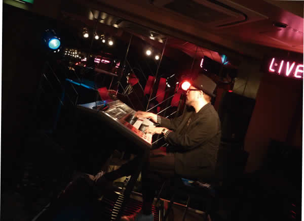2014.11.30 LIVE AT MIKIにて-4