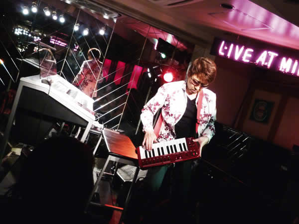 2014.10.26 LIVE AT MIKIにて-5