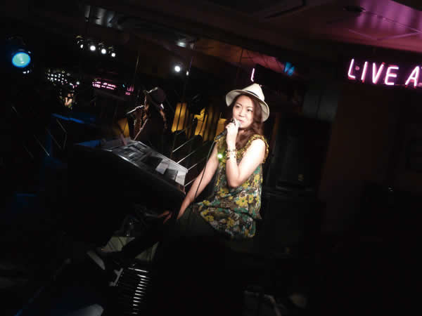2015.5.31 LIVE AT MIKIにて-5