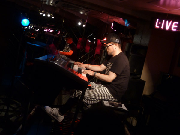 2015.6.28 LIVE AT MIKI にて-1