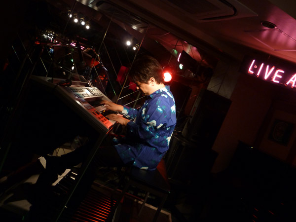 2015.8.23 LIVE AT MIKI にて-4