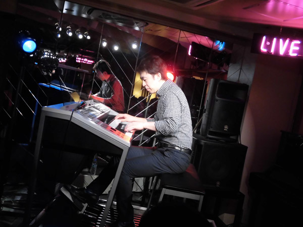 2015.11.29 LIVE AT MIKIにて-3