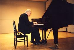 ウィーン国立音楽大学教授<br>ルドルフ・ケレル