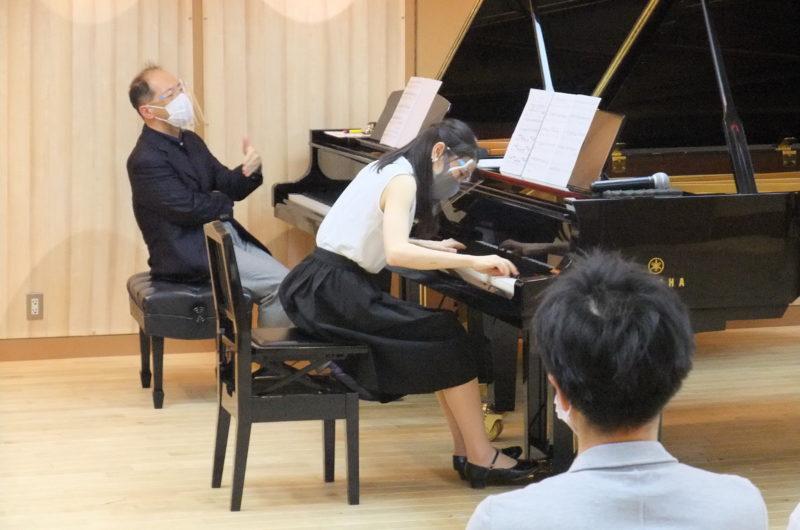 「大阪音楽大学 ピアノ公開レッスン&ミニコンサート in 三木楽器」のレポートを掲載いたしました。